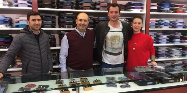 Savaşçı oyuncusu Burç Kümbetlioğlu mağazamızı ziyaret etti